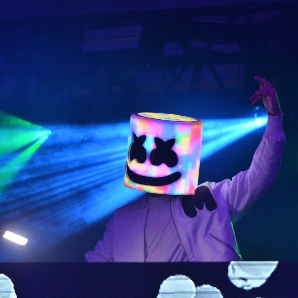"Marshmello Bastille Happier: 'Marshmello' Releases Video For ""Happier"" Featuring 'Bastille"