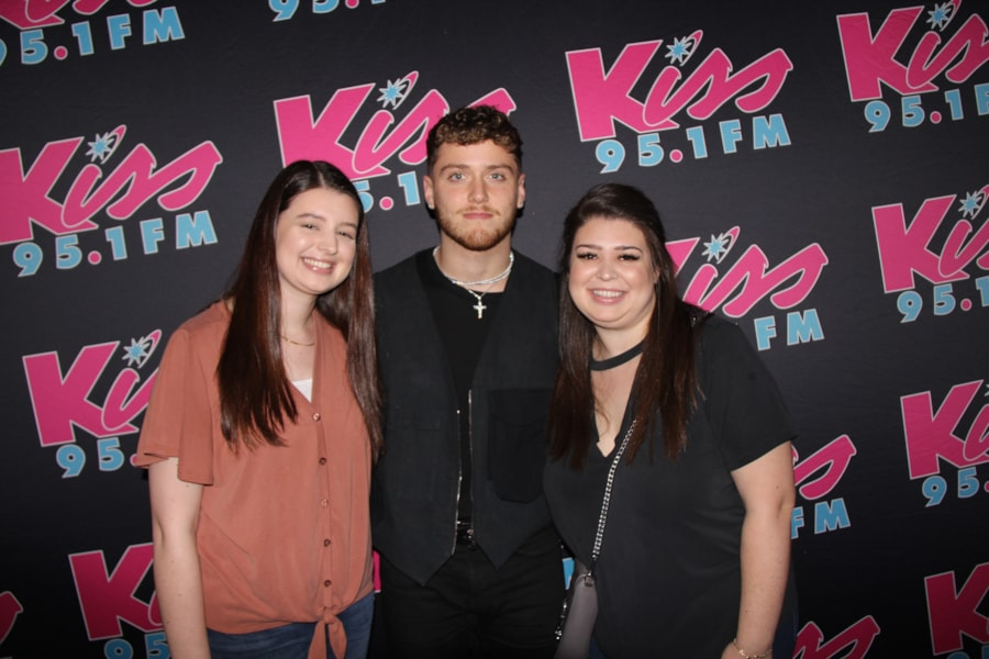 Thank you to our Kiss 95.1 listeners who came to hang out with Bazzi at Amos' Southend. This is a private backstage party was a once in a lifetime experience with food, drinks, music, and fun. Thanks again to Bazzi who gave us an awesome acoustic performance.